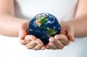 hands_holding_the_earth_picture_165318-300x199