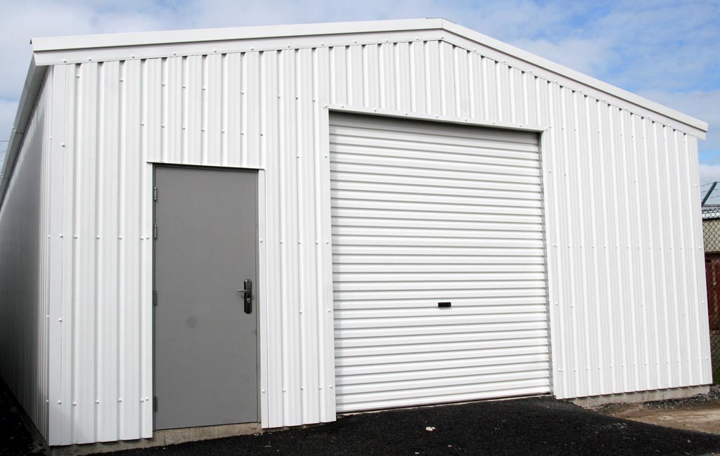 Commercial Units that give a good impression of your business when your clients come calling.  We can create stunning steel commercial units – workshops, call-in centres, whatever your business might require.
