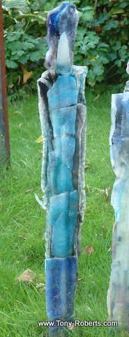 Monolith 28    86cm    £170